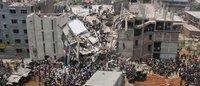"""ONG piden a firmas textiles no mirar """"hacia otro lado"""" en el aniversario del derrumbe del Rana Plaza"""