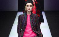 Il momento moda inclusivo e multiculturale di Giorgio Armani