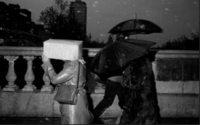Burberry проведет фотовыставку, посвященную британскому стилю жизни
