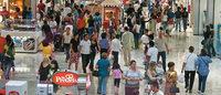 Com renda comprometida, os brasileiros devem evitar dívidas novas em 2015