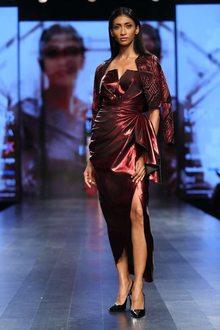 Nikhita Mynah Designs