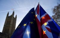Opposition leader pushes for parliament vote on new Brexit referendum
