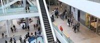Consommation: sorties, voyages, vêtements... les Français se serrent la ceinture