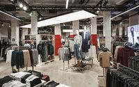 На базарах Туркмении появился фирменный текстиль мировых брендов по низким ценам