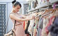 Los precios de vestido y calzado caen un 13% en el primer trimestre