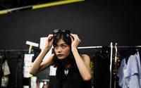 Rina Fukushi, une jeune mannequin japonaise de 17 ans à la conquête du monde