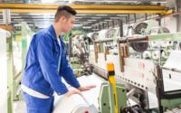 Comissão Europeia quer atrair jovens para o têxtil