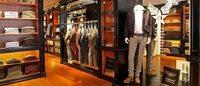 Avirex apre il 14° store italiano a Genova e si appresta a produrre calzature